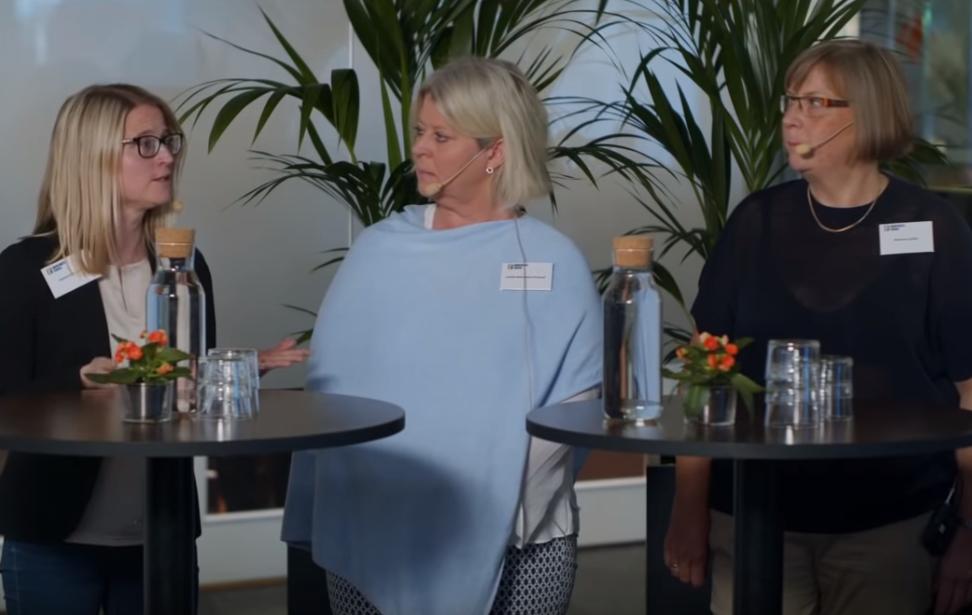 Helena Brändström, SKL, Camilla Waltersson Grönvall (M) och Marianne Jarfelt, ansvarig för uppföljningsmottagningen i Göteborg i panelsamtal vid lanseringen av Barncancerrapporten.