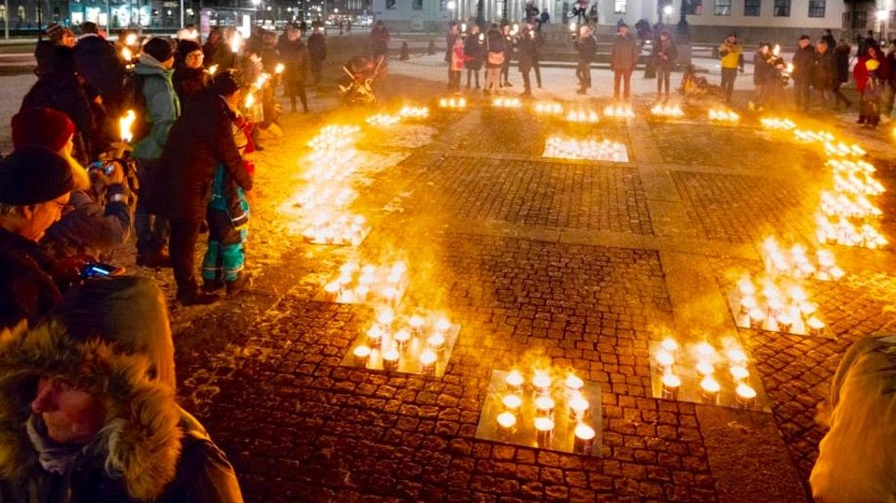 Normalt sett arrangeras ljusmanifestationer runt om i landet på internationella barncancerdagen. I år blir manifestationen digital.