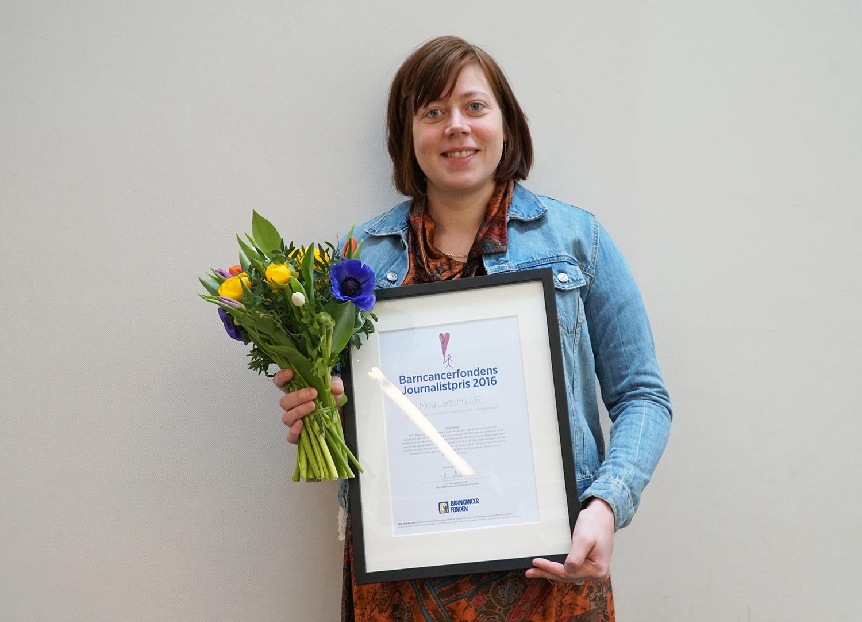 Moa Larsson, reporter på Skolministeriet och en av vinnarna i Barncancerfondens journalistpris.Fotograf: Karoline Malitzki