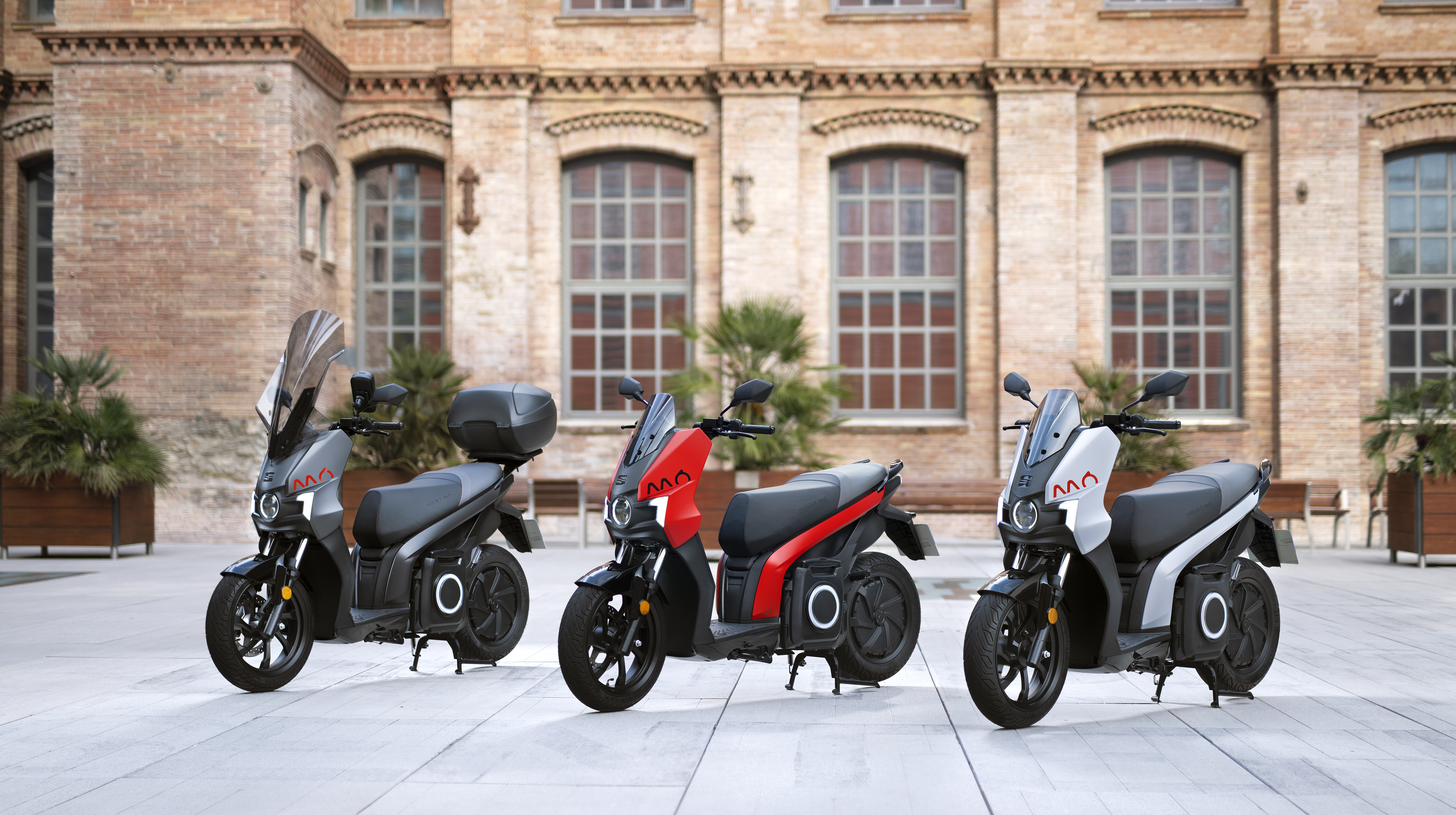 Säljstart i Sverige för 100% elektriska  SEAT MÓ e-Scooter 125