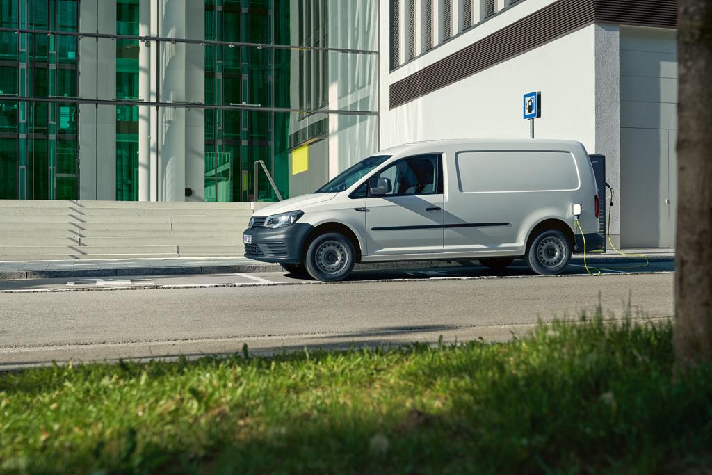Nu erbjuds grön el från Jämtkraft till alla Volkswagen Transportbilars elbilskunder