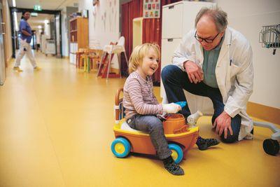 Nya siffror från Barncancerfonden visar att allt fler barn i Sverige överlever cancer. Foto: Magnus Liam Karlsson