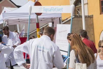 Initiativet #TopsaFörLivet är på plats i Almedalen måndag till onsdag. Foto: Barncancerfonden