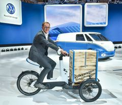 Cargo e-Bike, Dr Thomas Sedran, Chairman of the Brand Board of Management