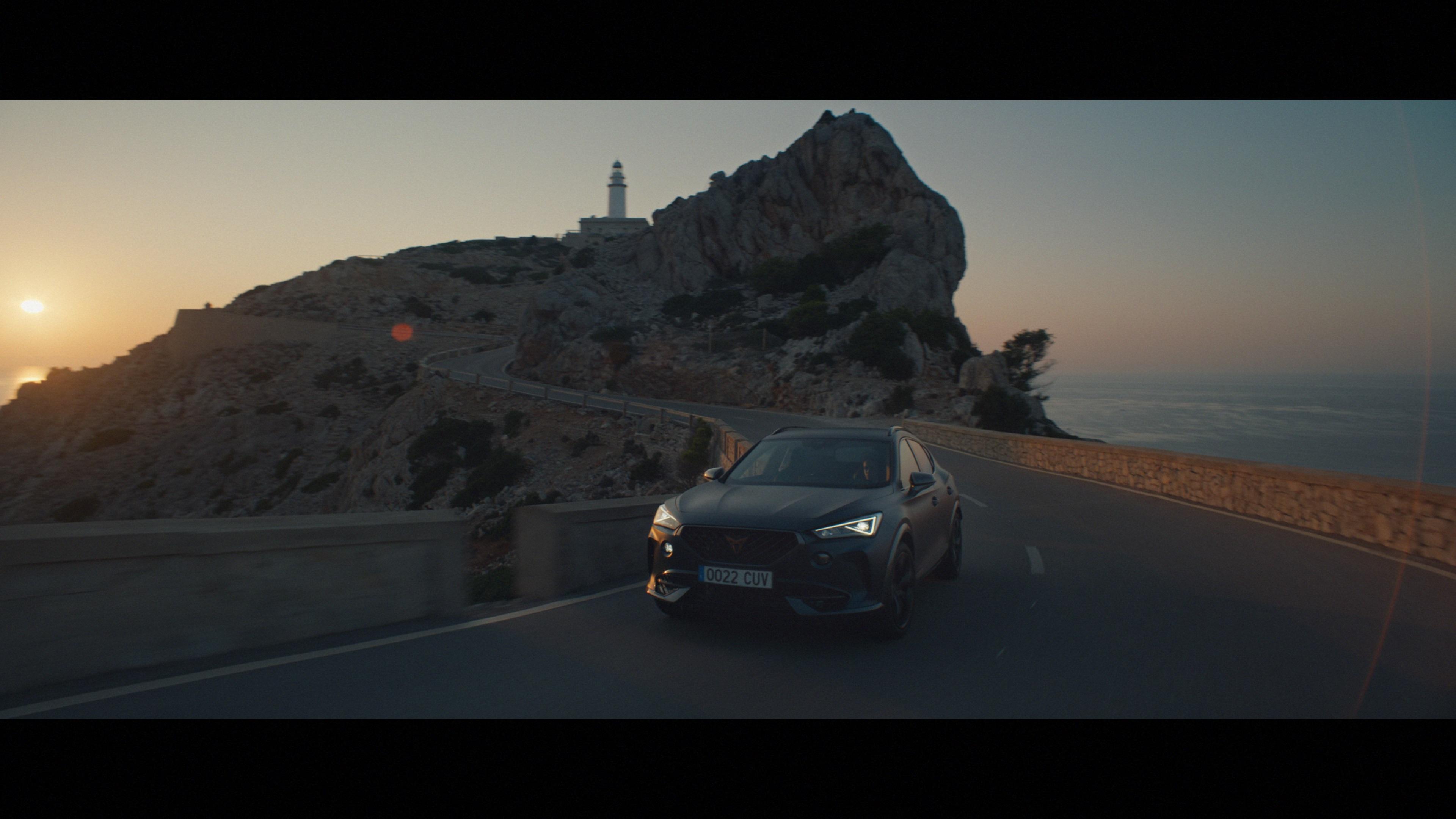 CUPRA lanserar Formentor med Nathalie Emmanuel från Game of Thrones och rapparen Loyle Carner