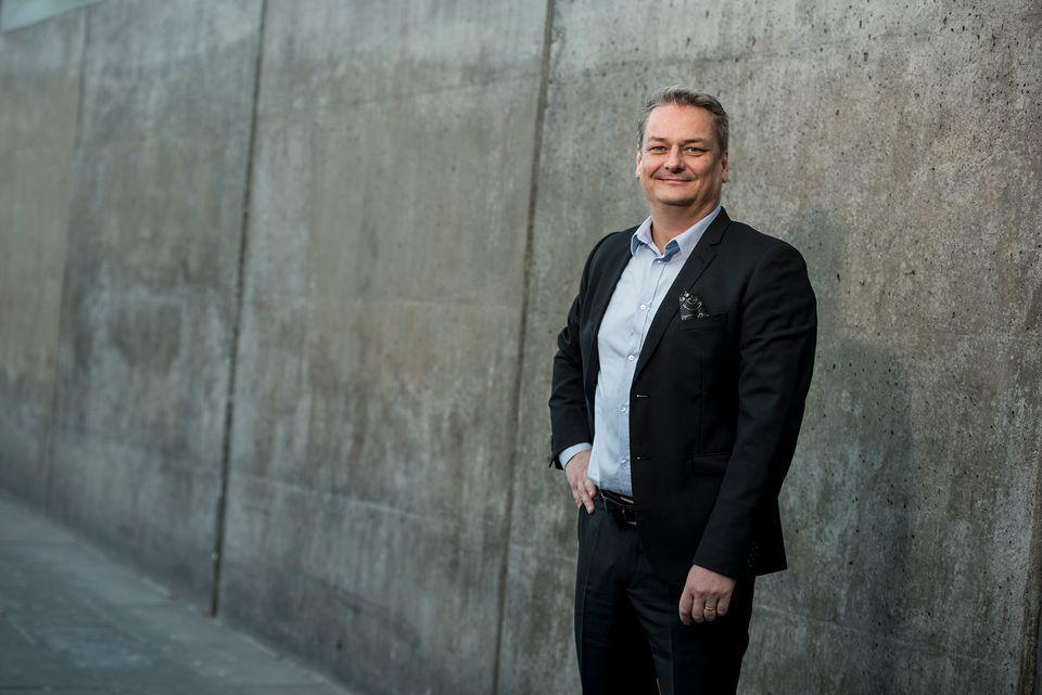 Mikael Jansson petas från SD-ledningen - Nyheter (Ekot