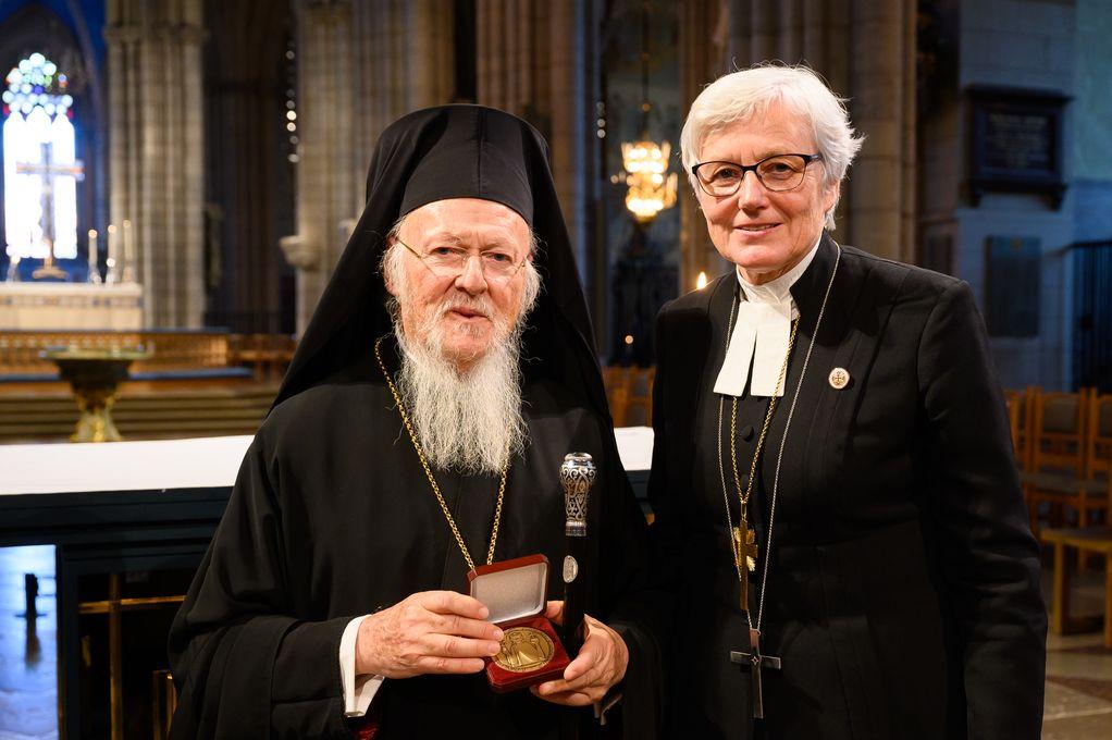 Den ekumeniska patriarken Bartholomeus I och ärkebiskop Antje Jackelén. Foto: Magnus Aronson