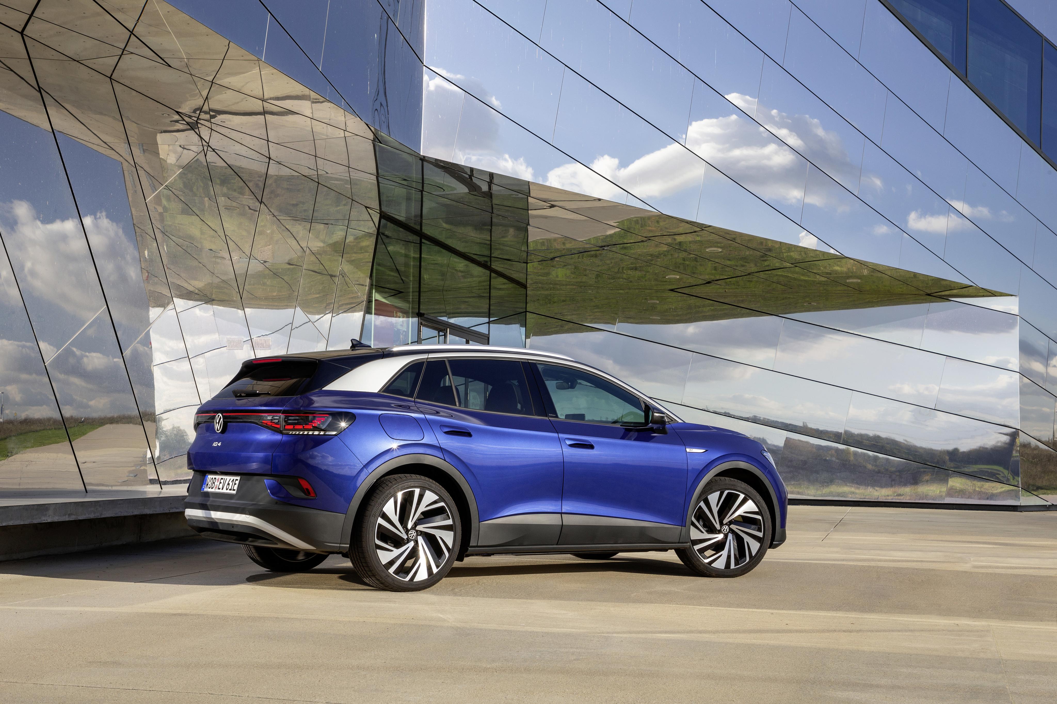 Volkswagen marknadsledare i april – nya elbilen ID.4 Sveriges mest registrerade bil