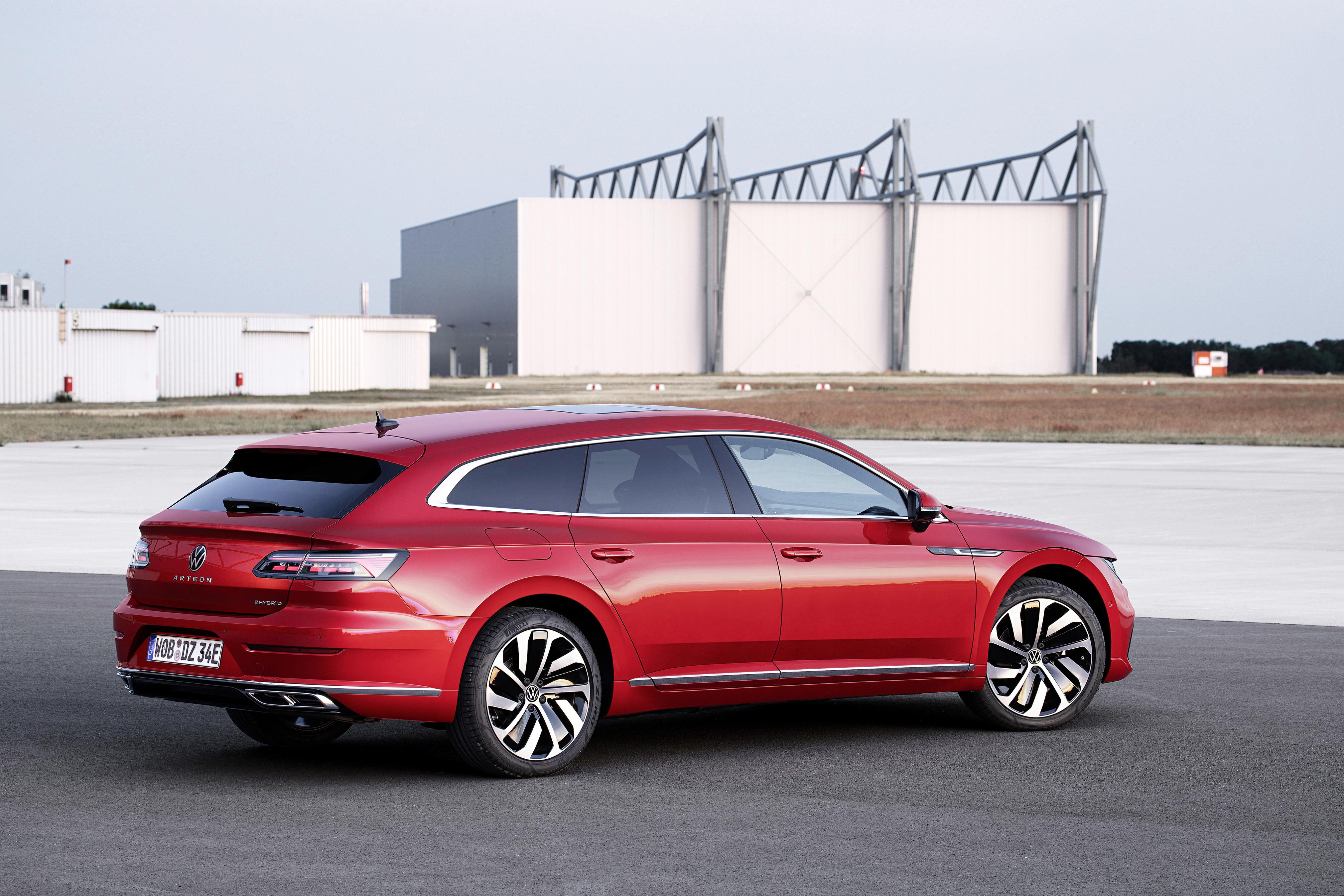 Säljstart för laddhybridversioner av Volkswagen Arteon och Arteon Shooting Brake