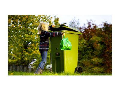 Efterfrågan på återvunnet material måste öka för att möjliggöra satsningar på utökad materialsortering, skriver debattörerna.